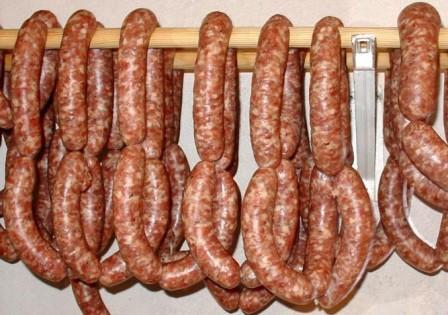 Колбаса копчёная в домашних условиях